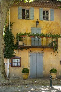 Cucuron ~ Provence