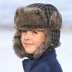 Kids Faux fur trapper style hat.