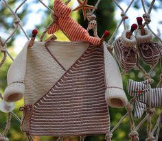 Layette ensemble mérinos 1 mois neuf tricoté main brassière et chaussons