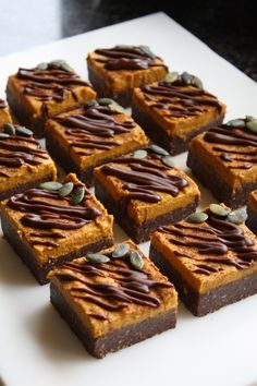 vegan holiday recipes: Raw pumpkin pie brownies #rawdessert #vegan #glutenfree