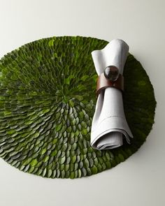 Boxwood Placemats & Clear Ball Napkin Rings - Horchow