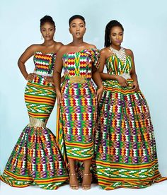 South Ghana is the home of Kente woven cotton and silk cloth, Kente is of Ghanian origin but every A African Fashion Ankara, African Fashion Designers, African Print Dresses, African Print Fashion, Africa Fashion, African Dress, African Prints, Ghana Fashion, Korean Fashion