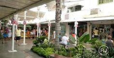 Visão La Flora: Maior polo de moda praia do país, Rua dos Biquínis...