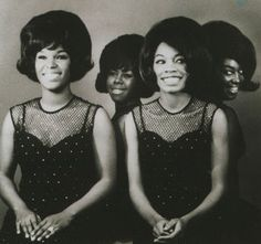 The Shirelles Motown fashion. Music Icon, Soul Music, My Music, The Shirelles, Rhythm And Blues, Girl Bands, Motown, Kinds Of Music, Music Artists