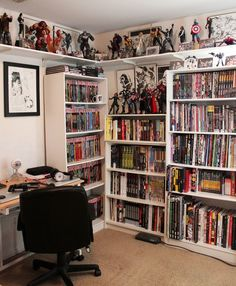 Ideas for book nerd room ideas Comic Book Rooms, Comic Room, Game Room Design, Playroom Design, Sala Nerd, Nerd Bedroom, Home Music, Geek Room, Room Setup