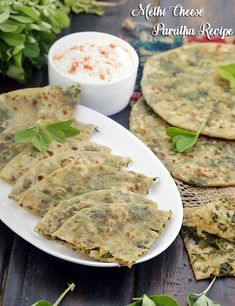 Vegetarian Recipes Dinner, Veg Recipes, Baby Food Recipes, Indian Food Recipes, Cooking Recipes, Indian Flat Bread, Indian Breads, Main Course Dishes, Paratha Recipes