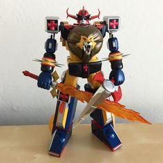 Lion Bots need Lion Chests! Accept no substitutions. #daltanious #futurerobotdaltanious #mirairobodaltanious #godaikin #chogokin #soc #soulofchogokin #chogokinporn #bandai #superjapaneserobots #japaneserobots #anime #plasticcrack #arashikagedojo