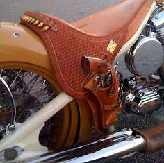 Saddle pistol, shotgun exhaust pipes.
