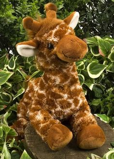 Hug Ems Large Giraffe at theBIGzoo.com, a toy store featuring 3,000+ stuffed animals.