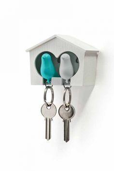 Keyring Sparrow Duo blå och vit/vit holk i gruppen PRESENTER / Inflyttningspresenter hos HouseofHedda.com (OmmNyckel2SparBLUe)