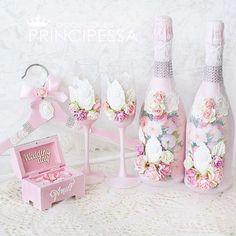"""Свадебный набор """"Пион"""". В набор входит: бокалы, декор шампанского, плечики для свадебного платья, шкатулка для колец. #инстасвадьба #украшение #цветы #шеббишик #шебби #шкатулка #хобби #хендмейд #ручнаяработа #декупаж #декорсвадеб #свадьба #свадебныйдекор #свадебнаямода #свадебныеаксессуары #свадебныйнабор #подушечкадляколец #weddingaccessories #свадебныесвечи #книгапожеланий #свадебныебокалы #подвязканевесты #свадебныесвечи"""