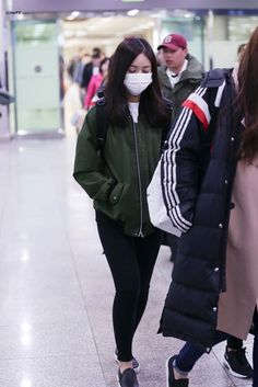 Gfriend Sinb Airport/Casual Fashion  여자친구 신비 공항패션 사복        Name : SinB Hwang   Age : 18   Height : 165cm                                ...