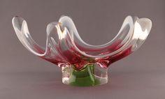 Bohemiabloggen: Glasbruk: Chribska Unusual Art, Glass Design, Czech Republic, Czech Glass, Glass Art, Sculptures, Bohemian, Vintage, Art