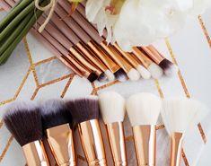 Rose Gold 15 Piece Brush Set - oh so luxe! Brow Brush, Contour Brush, Makeup Brush Set, Rose Gold Gifts, Makeup Needs, Beauty Sponge, Makeup Yourself, Wedding Favors, Ideas