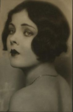 Mildred Van Dorn (1910-2004) - American stage and screen actress in the late 1920's and 1930's.