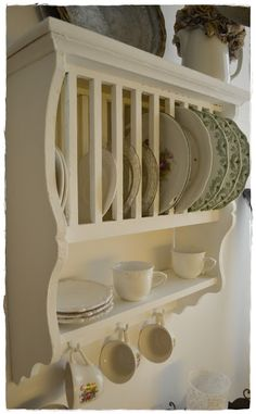 This is a great plate rack!