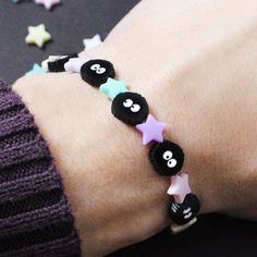 The Soot Spirits bracelet is made of small acrylic beads. The elastic bracelet features a small Konpeito candy made in acrylic pastel color, Kawaii Jewelry, Cute Jewelry, Diy Jewelry, Jewelry Making, Jewlery, Totoro, Acrylic Charms, Acrylic Beads, Kawaii Gifts