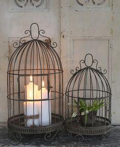 Deco birdcage nostalgia cage deco cage aviary antique shabby vintage franco Source by sophiahoffmann Shabby Vintage, Vintage Decor, French Vintage, Shabby Chic, Rustic Garden Decor, Country Decor, Farmhouse Decor, Candle Lanterns, Candle Sconces