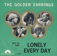 THE GOLDEN EARRINGS