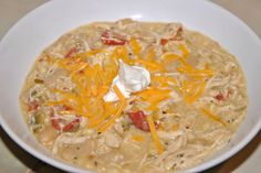 White chicken chili by beijosTiffany Crockpot Recipes, Chicken Recipes, Cooking Recipes, Healthy Recipes, Feel Good Food, I Love Food, White Bean Chicken Chili, White Chicken, Food Shows
