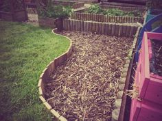 Pallet lawn edging Wood Landscape Edging, Wood Garden Edging, Lawn Edging, Garden In The Woods, Lawn And Garden, Wood Pallets, Pallet Wood, Pallet Ideas, Lawn Care Companies