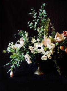 Behind the Scenes: Wedding Floral Design via oncewed.com