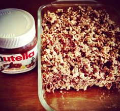 Nutella Rice Krispie Treats! Whaaaattt??? Oh my sweet tooth! Yum! Love adding to my Krispies recipe collection!