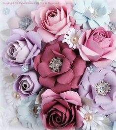 Mauve Paper Flower Art, Paper Flowers Craft, How To Make Paper Flowers, Crepe Paper Flowers, Paper Flower Tutorial, Paper Flower Backdrop, Paper Roses, Flower Crafts, Fabric Flowers