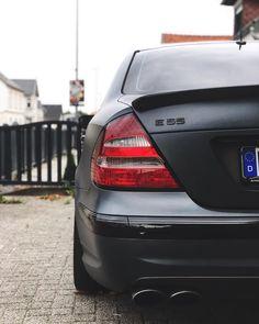 Mercedes E55 Amg, Mercedes Benz Cars, Mercedes Models, Bmw E38, Benz E Class, Luxury Cars, Dream Cars, Super Cars, Vehicle