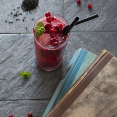 Earl grey and lingonberry drink recipe