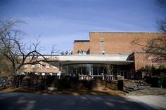 Erb Memorial Union. ©University of Oregon Libraries - Special Collections and University Archives