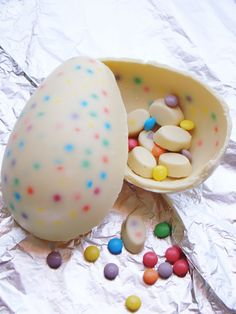 Chocolat Easter Egg Recipe {Easter Chocolate}     It is always fun to find the eggs filled with treats that the Easter bunny leaves behind, but even more fun is this egg that is a treat all on it's own.  This tutorial will show you how to create a chocolate egg that you can leave hollow or fill with even more sweetness.