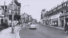 Postcard of the Brentford Woolworths store in the Chicago Pictures, Brentford, Rest Days, Media Images, Local History, Alter, Google Images, Past, Nostalgia