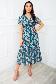 Pretty Summer Dresses, Summer Dresses For Women, Cute Dresses, Cute Wedding Dress, Feather Print, No Frills, Virgo, Cool Outfits, Classy