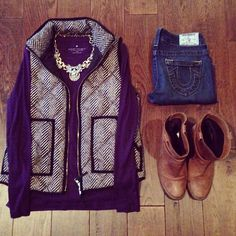 Highlands Herringbone Quilted Puffer Vest | Long-sleeve | Statement necklace | Jeans | Riding Boots