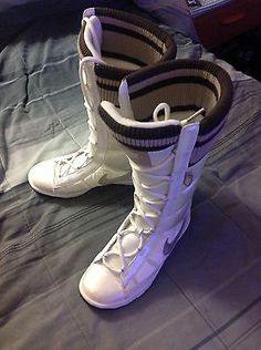 Nike Women Boots