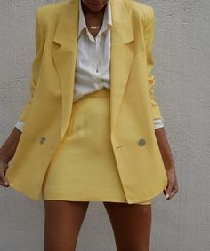 blazer outfits for work fashionista trends Mode Outfits, Trendy Outfits, Fashion Outfits, Fashion Trends, Fashion Bloggers, Womens Fashion, Ladies Fashion, Modest Fashion, 80s Style Outfits