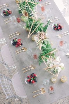 modern tablescape - photo by Echard Wheeler Photography http://ruffledblog.com/modern-styled-engagement-party