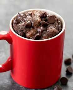 Keto Chocolate Peanut Butter Mug Cake. This single serving microwave mug cake takes only about 5 minutes to make. It is low carb, gluten free and keto friendly. Chocolate Chip Cake, Sugar Free Chocolate Chips, Dark Chocolate Chips, Chocolate Peanuts, Chocolate Peanut Butter, Keto Chocolate Recipe, Vegetarian Chocolate, Chocolate Flavors, Vegetarian Food