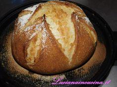 Il pane Emile Henry, croccante e gustoso, proprio come quello dei veri fornai. Come realizzarlo?