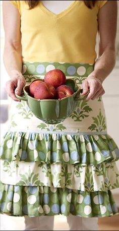 Continental Kitchen Ruffled Apron with Berry Bowl by Willow House