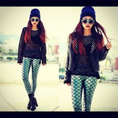I die!!!!! Love feeaking love these Mermaid Leggings by Black Milk Clothing http://borntobotheryou.blogspot.com.au/