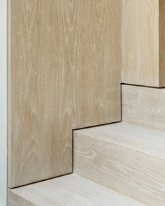 Stairs The Lined Extension in London, UK by YARD Architects; Photo: Richard Chivers Putting The Staircase Design Modern, Modern Stairs, Detail Architecture, Interior Architecture, Blitz Design, Oak Stairs, Concrete Staircase, Timber Staircase, Spiral Staircases
