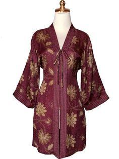 Model Baju Batik Wanita Paling Dicari
