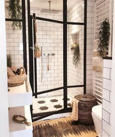 Badezimmer Inspiration // Andrea Groot Das perfekte Zuhause im skandinavischen S… Bathroom Inspiration // Andrea Groot The perfect home in the Scandinavian style – Bad Inspiration, Bathroom Inspiration, Home Decor Inspiration, Decor Ideas, Bathroom Inspo, Bathroom Designs, Diy Ideas, Bohemian Bathroom, Bathroom Interior Design