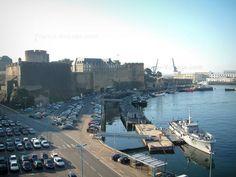 Brest: Docks, porto militare con navi da guerra e Castello - France-Voyage.com