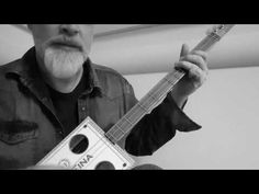 Walking Bassline - a Cigar Box Guitar Lesson Bass Guitar Lessons, Guitar Lessons For Beginners, Guitar Tips, Guitar Chord Chart, Guitar Chords, Resonator Guitar, Jim Morrison Movie, Slide Guitar, Steel Guitar