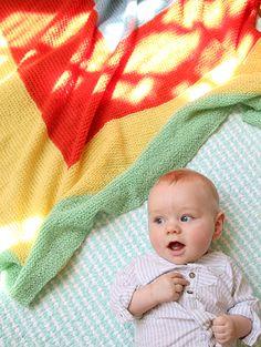 Et flerfarget babyteppe i rillestrikk. Strikkeoppskriften er superenkel, og økingen skaper en L-form som er grafisk og fin. Pickles, Threading, Pickle, Pickling