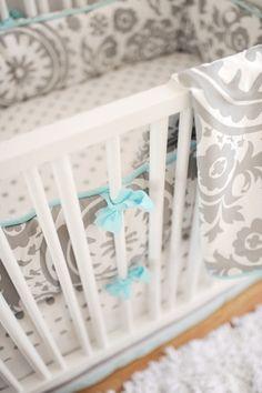 Wink Crib Bedding Set