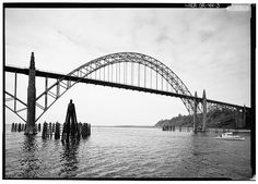 3.  Oblique view of main span from southeast - Yaquina Bay Bridge, Spans Yaquina Bay at Oregon Coast Highway, Newport, Lincoln County, OR